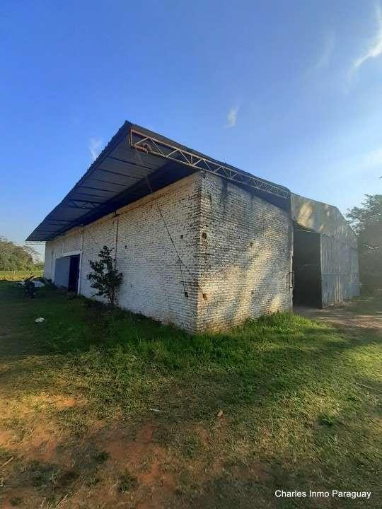 Terreno 14 hectáreas con casa y arroyo en La Colmena - 4
