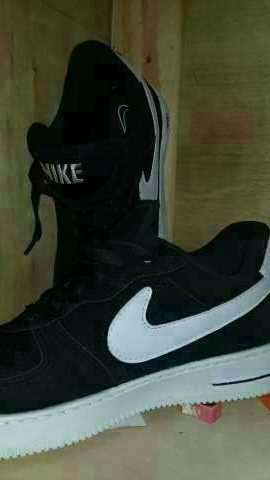 Calzado Nike Aire calce 39/40 - 1