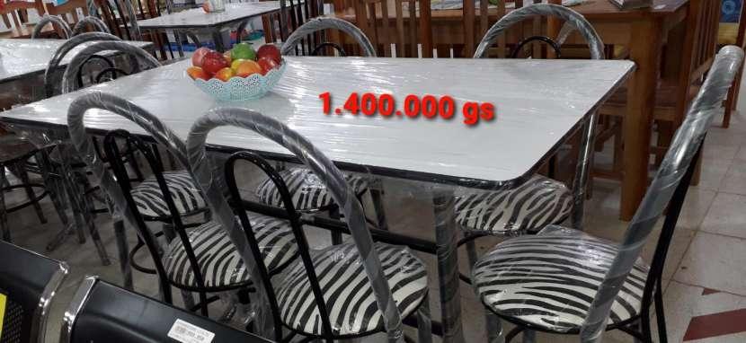 Mesa de formica con 6 sillas - 0