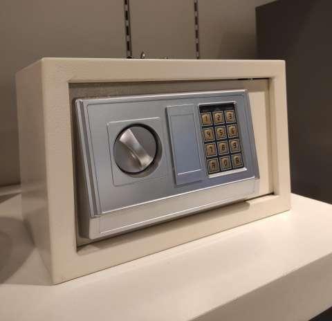 Caja fuerte con teclado digital - 2