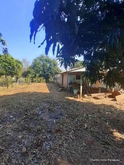 Terreno 25 hectáreas con casa y arroyo en en La Colmena - 2
