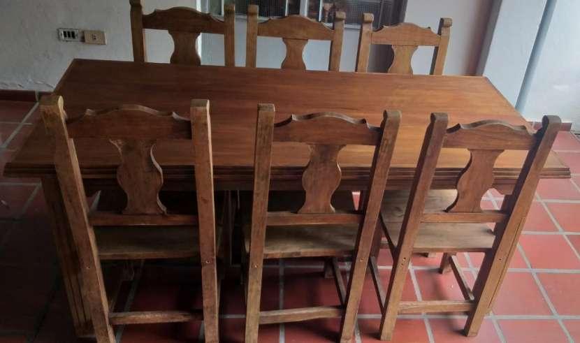 Juego de comedor rústico con 6 sillas de madera maciza - 0