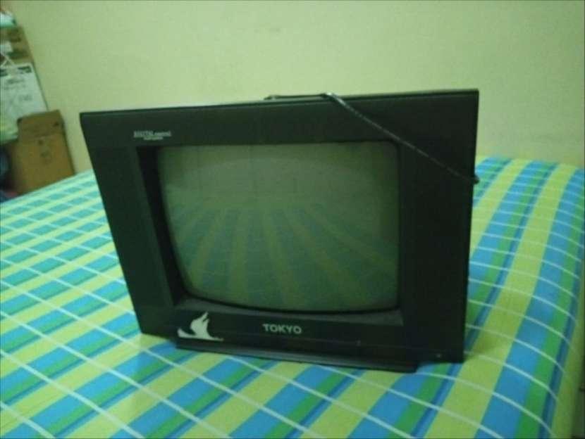 TV Tokyo de 14 pulgadas - 1