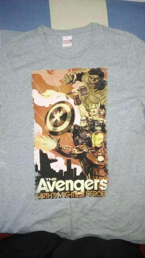Remera Avengers - 1