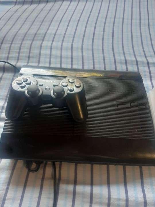 PlayStation 3 de 250 gb - 1