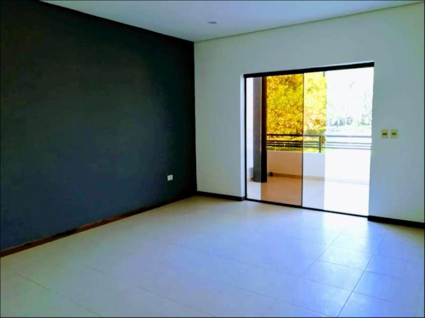 Dúplex tipo casa 3 dormitorios en Las Golondrinas - 7