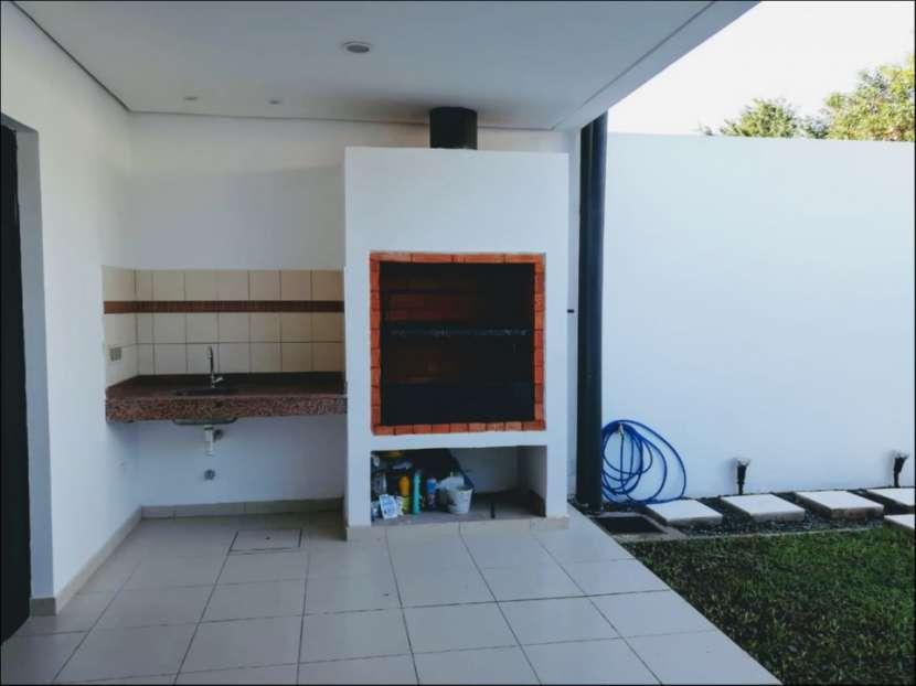 Dúplex tipo casa 3 dormitorios en Las Golondrinas - 5