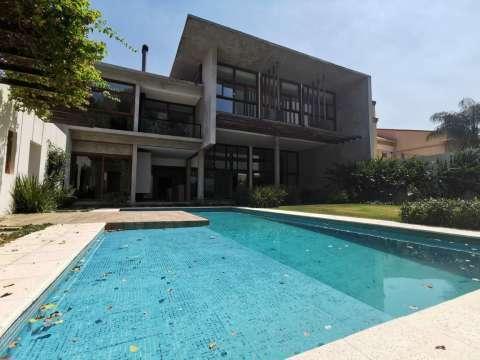 Casa minimalista en Los Laureles - 4