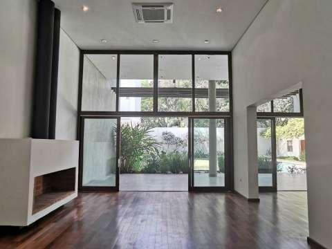 Casa minimalista en Los Laureles - 5
