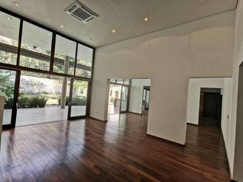 Casa minimalista en Los Laureles - 6