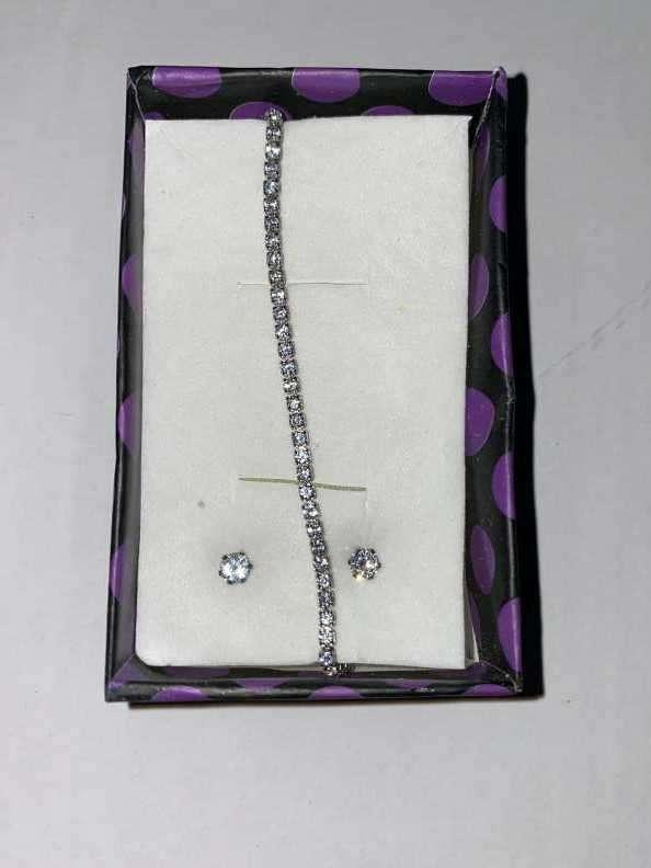 Pulsera y aritos de cristales - 1