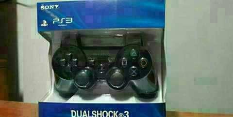 PS3 con 8 juegos 1 control y un cargador - 1