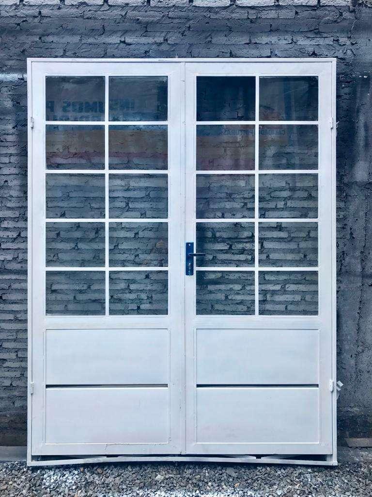 Puertas metálicas para el hogar - 1