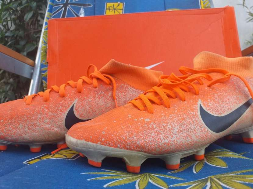 Botín Nike Mercurial naranja calce 39 br - 1