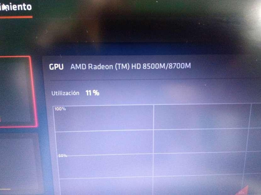 HP EliteBook 14 pulgadas i5 8gb 180gb ssd gráfica AMD - 3