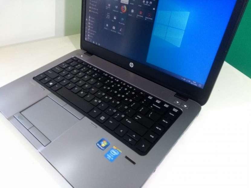 HP EliteBook 14 pulgadas i5 8gb 180gb ssd gráfica AMD - 5