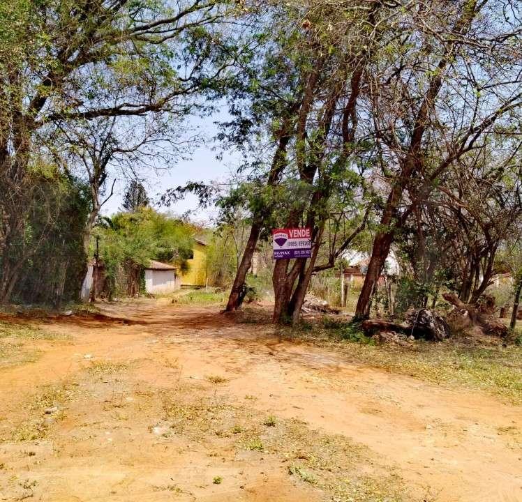 Terreno 31x15 zona residencial Laguna Grande - 1