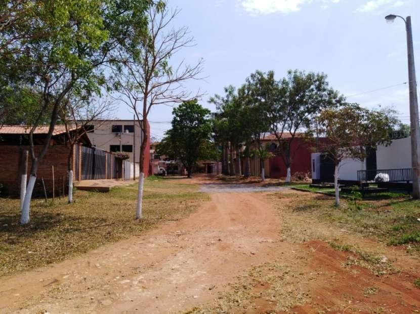 Terreno 31x15 zona residencial Laguna Grande - 0