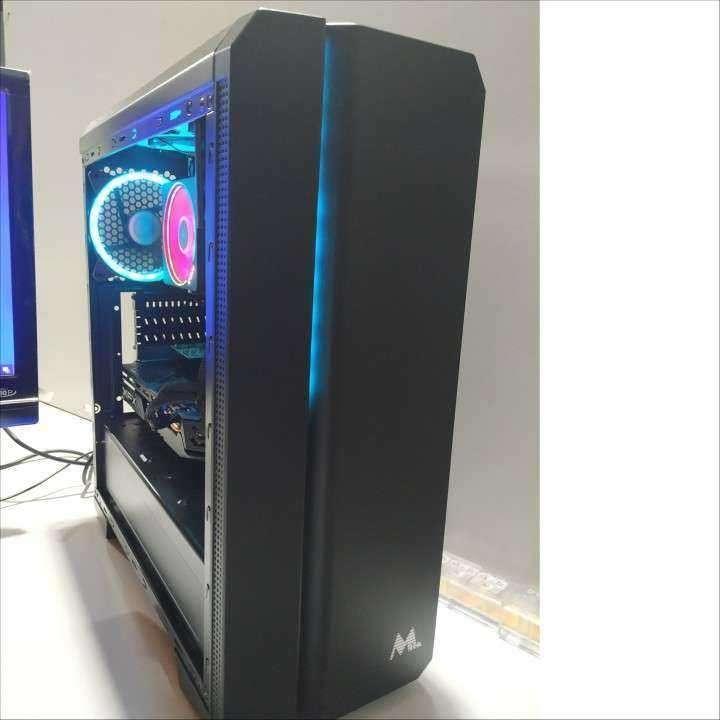 PC AMD Ryzen 9 3900X 12 cores 24 Threads 3.8Ghz - 0