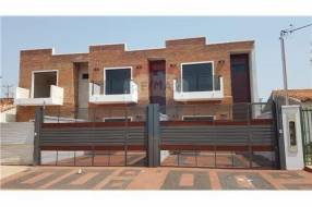 Duplex a estrenar zona residencial de Luque COD.111