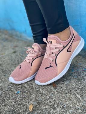 Calzados Puma y Adidas