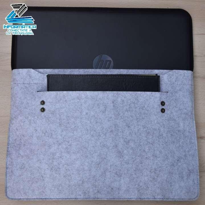 Funda o estuche protector para notebook o laptop 15,6 pulgadas - 5