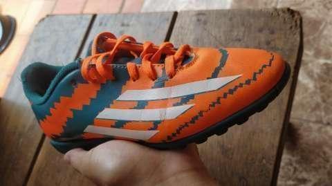 Champion todo terreno Adidas F50 Messi - 0