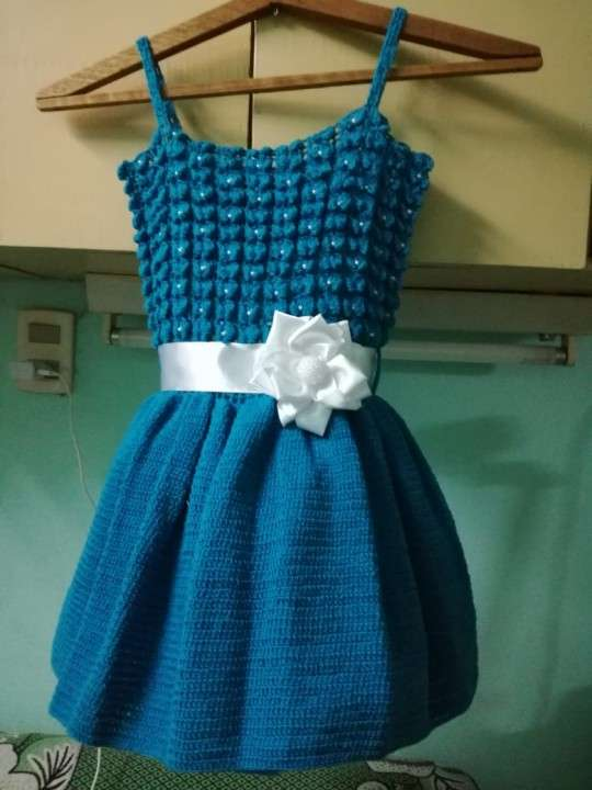 Vestido de crochet para nena de tres años - 2