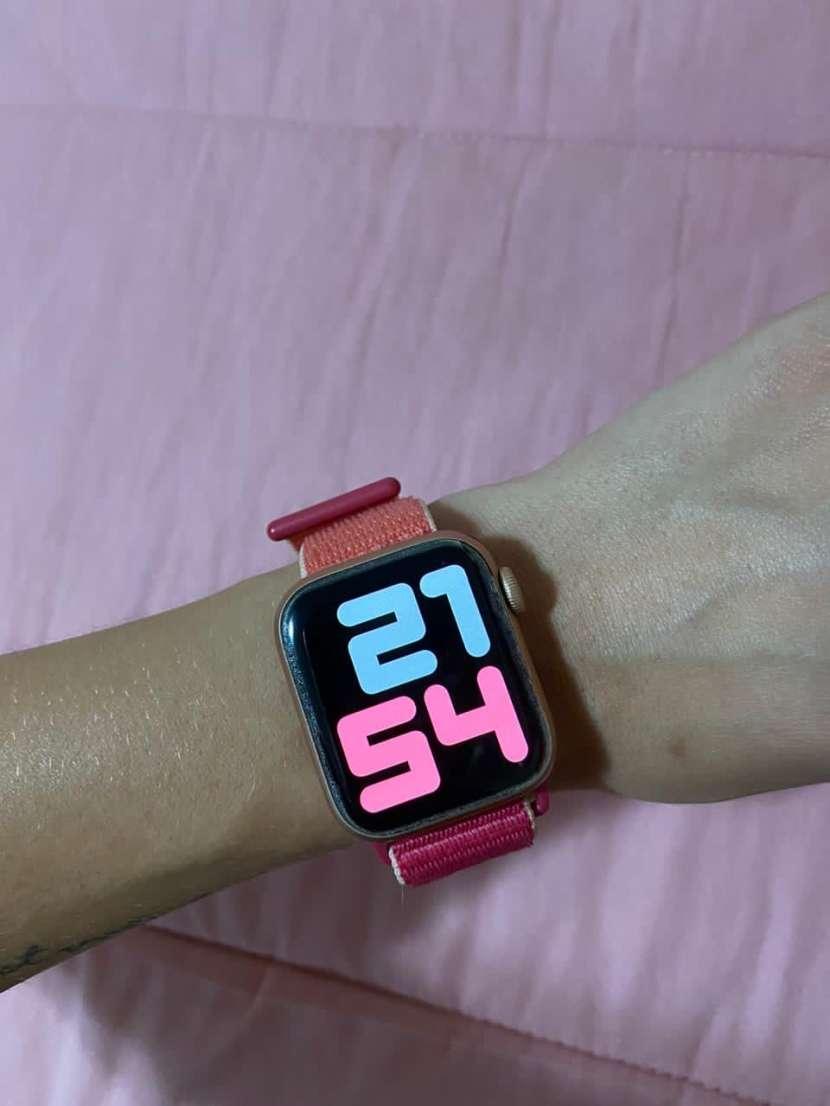 Apple Watch series 5 Rose Gold 40mm - 0