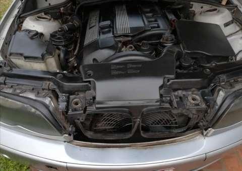 BMW 325i 2004 - 0