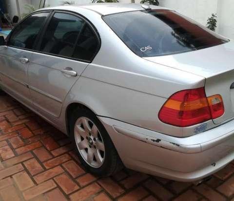 BMW 325i 2004 - 3