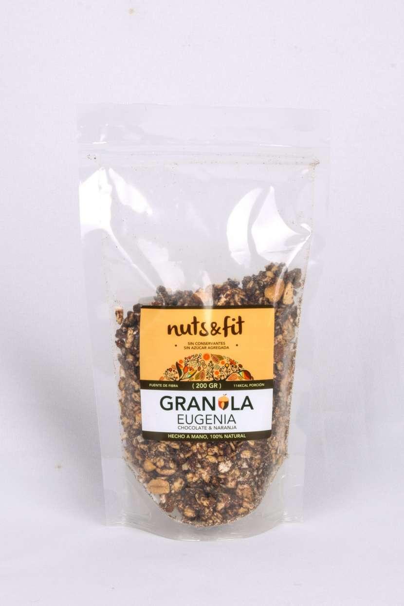 Fit Granola Eugenia de 200 Gramos Nuts & - 1