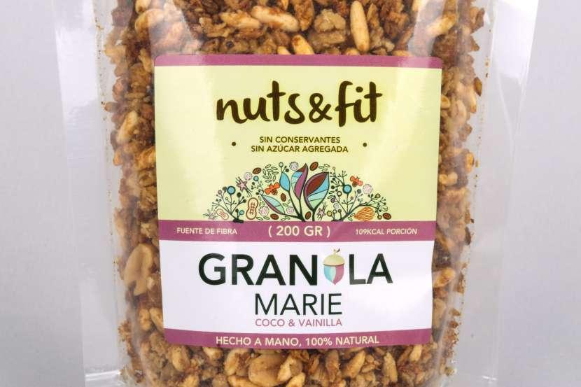 Fit Granola Marie de Coco y Vainilla de 200 Gramos Nuts & - 0