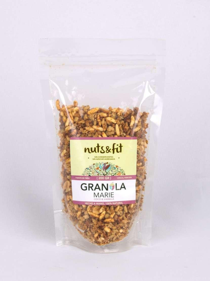 Fit Granola Marie de Coco y Vainilla de 200 Gramos Nuts & - 1