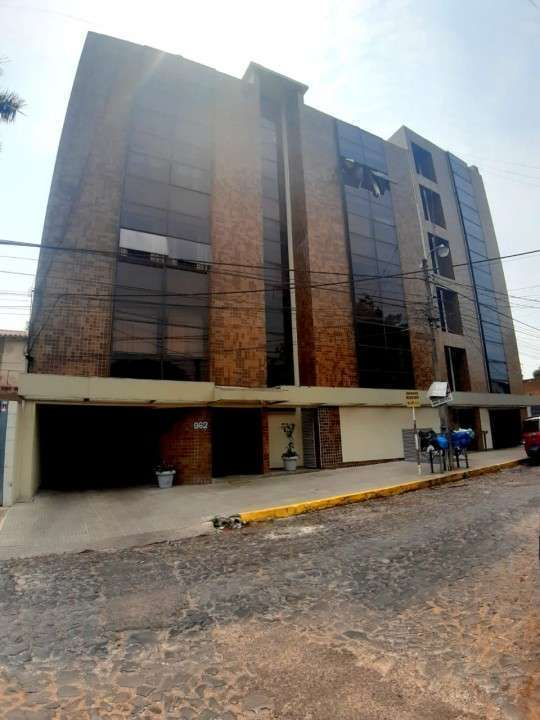 Departamento de 3 dormitorios en Asunción zona centro - 0