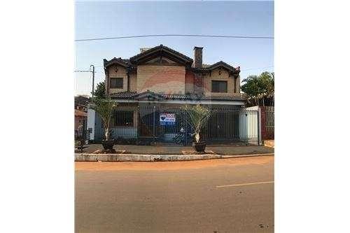 Casa en Fernando de la Mora zona Norte cod 137 - 0