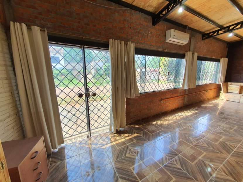 Tinglado en Villa Elisa - 1