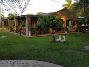 Casa quinta en Villa Hayes