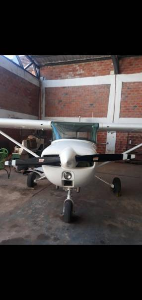 Avioneta Cessna 150 1975