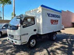 Camión DFAC 2015 motor 2700 turbo diésel mecánico con furgón para 3.5 toneladas
