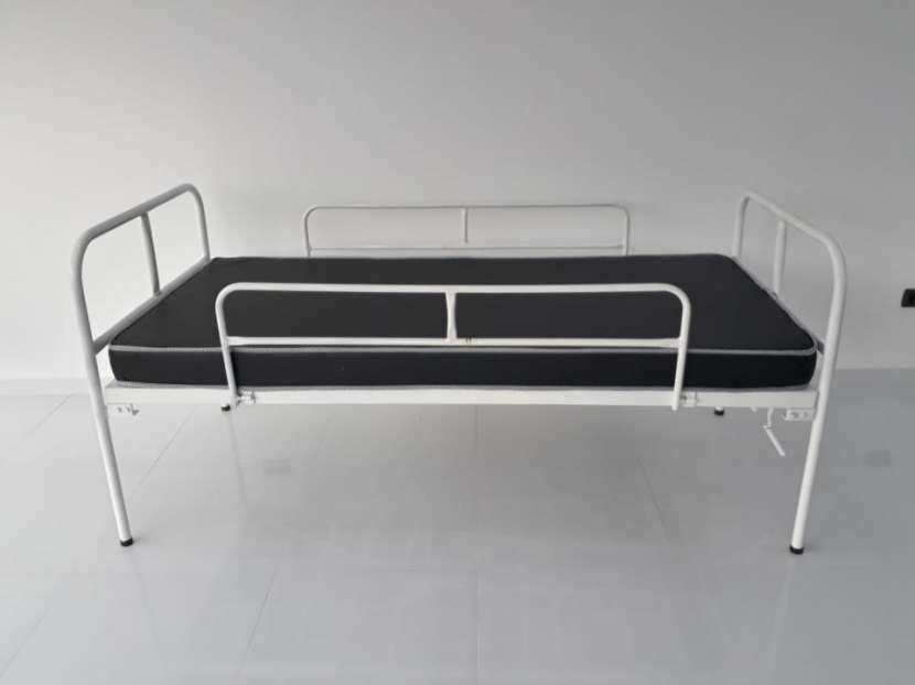 Cama articulable de 2 movimientos manual con colchón - 0