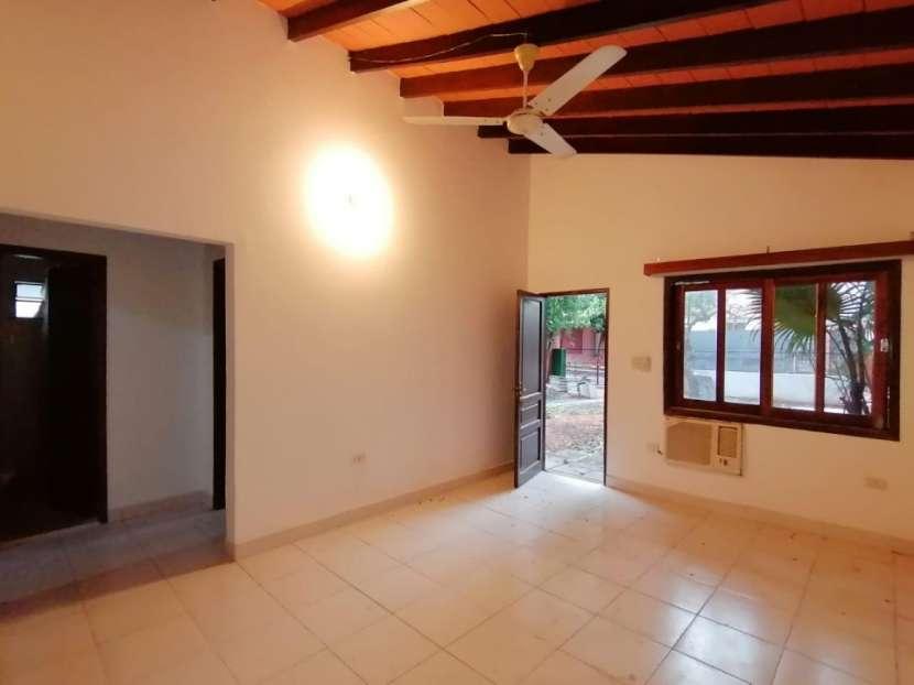 Chalet para vivienda u oficina barrio Mcal. Estigarribia - 1