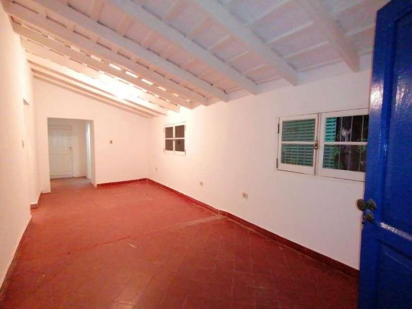 Chalet para vivienda u oficina barrio Mcal. Estigarribia - 6