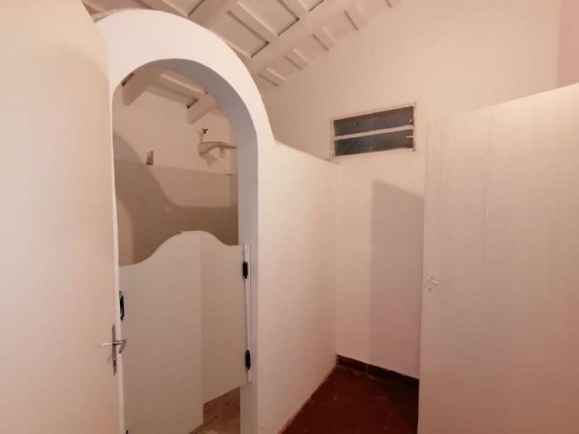 Chalet para vivienda u oficina barrio Mcal. Estigarribia - 5