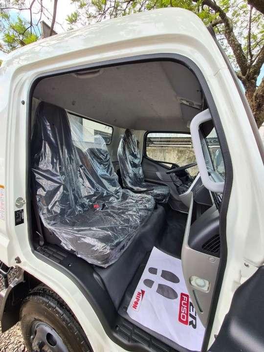 Mitsubishi Canter Fuso 2019 - 6