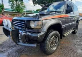 Mitsubishi Montero 1996