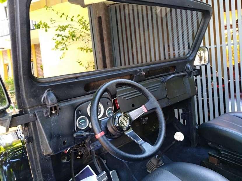 Toyota Land Cruiser Canvas Top 1959 naftero mecánico 4x2 negro - 5