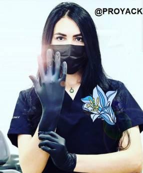 4 chomba médica con logo bordado uniforme