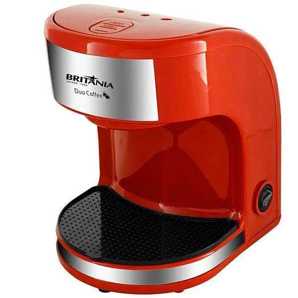 Cafetera Britania Duo Coffee VM + 2 tazas 220v rojo