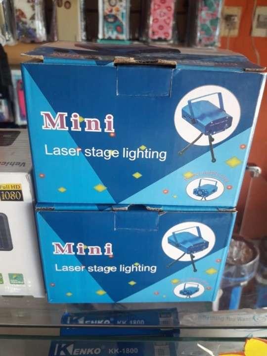 Proyector láser con luces de colores - 1